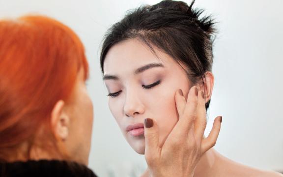 Топ-12 секретов правильного макияжа